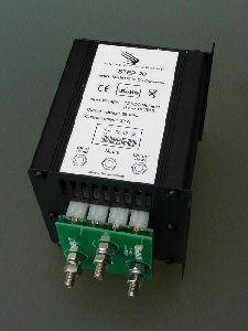 Samlex STEP 10 switch-mode step-up DC-DC converter 12V>24V 20A