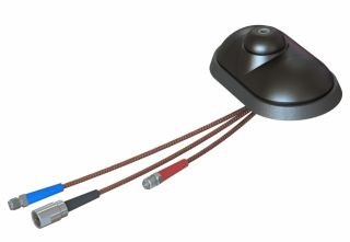 TETRASAT® (5V) Roof-mounted 4-band antenna base with integrated active GPS and GSM dual-band antennas